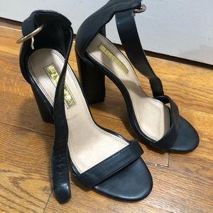 black trendy heels